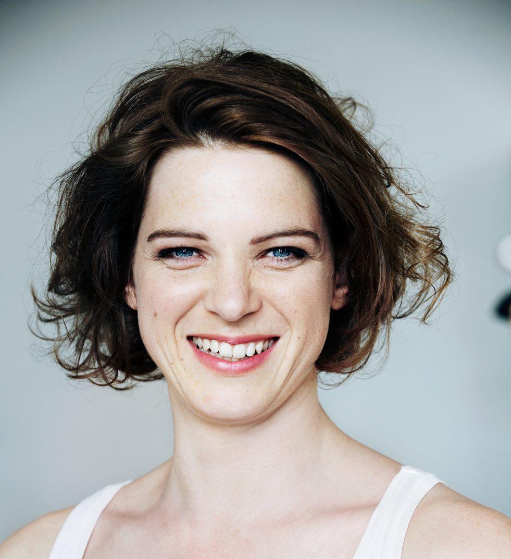 Anjorka Strechel | Schauspielerin
