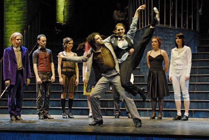"""""""Die Dreigroschenoper"""", Theater Osnabrück, Stepp-Tanz mit Oliver Meskendahl"""